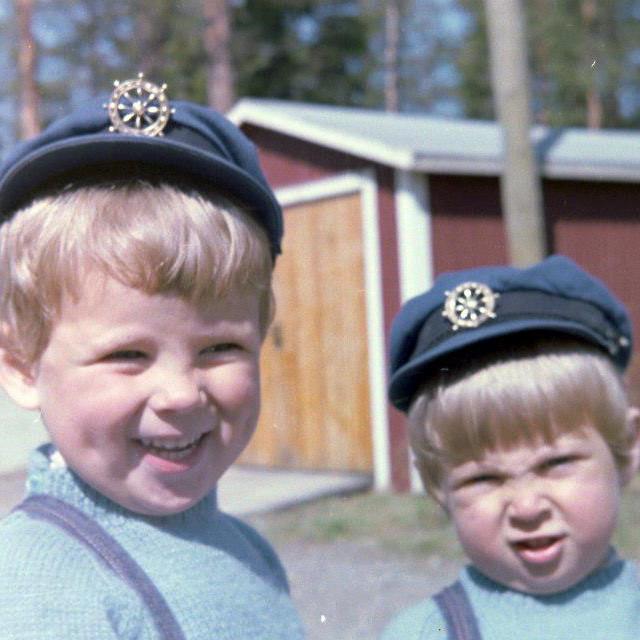 Dennis och jag med solblekt hår på 60-talet